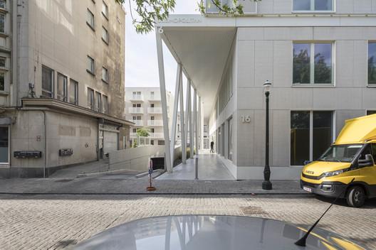 The Cosmopolitan Building / BOGDAN & VAN BROECK