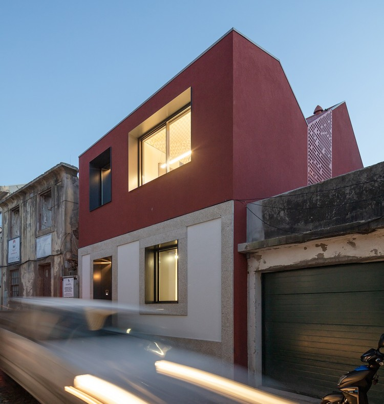 Casa Alto de Vila 365 / Terra Arquitectos, © João Morgado