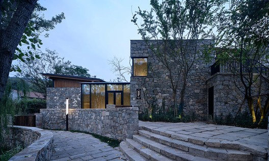 #1 courtyard. Image © ZY Architectural Photography