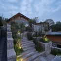 #7 courtyard. Image © ZY Architectural Photography