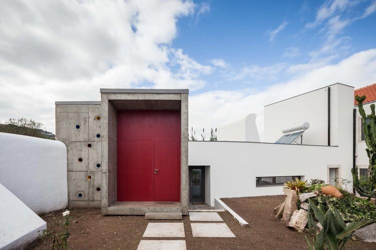 Casa Loures / André Mesquita Arquitectos. Imagem: © João Morgado