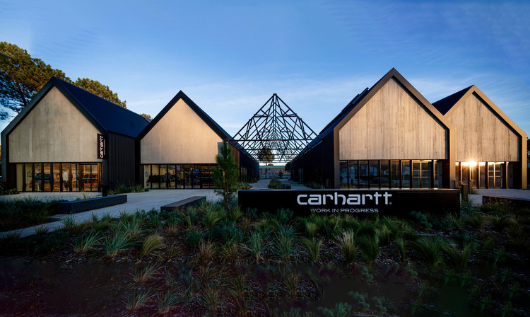 Carhartt Wip Complex / Craft Architecture, © Romain Laffue