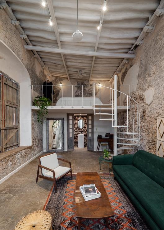 Casa Vagantes Ermita / Gina Góngora + Arista Cero