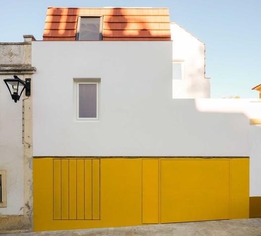 Casa y estudio / ARDE Arquitetura + Design