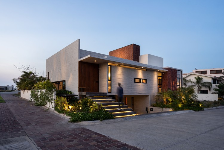 Casa Crucita / TALLER AGF, © Apertura Arquitectónica