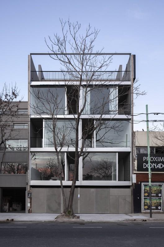 Edifício Donado 4432 / moarqs, © Javier Agustín Rojas