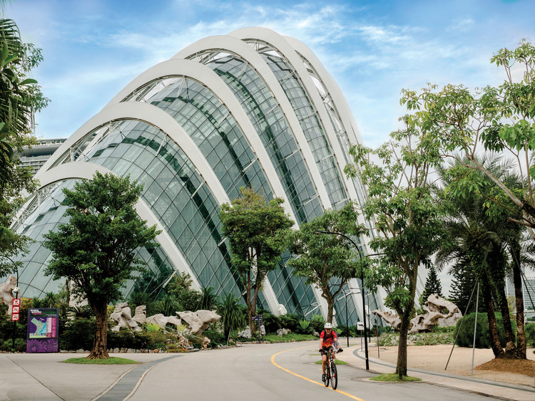 Gardens by the Bay, Flower Dome Conservatory, Singapore / Thebigland / Shutterstock. Image Courtesy of Princeton Architectural Press