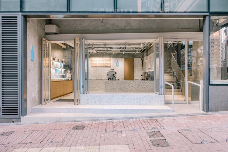 Blue Bottle Coffee Hong Kong Central Cafe / Schemata Architects + Jo Nagasaka, Courtesy of Schemata Architects