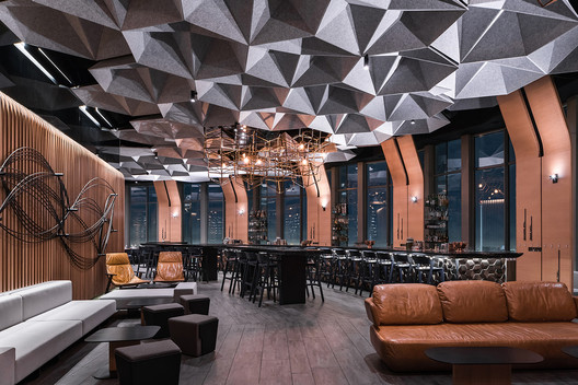 71 Above Restaurant / Tag Front Architects