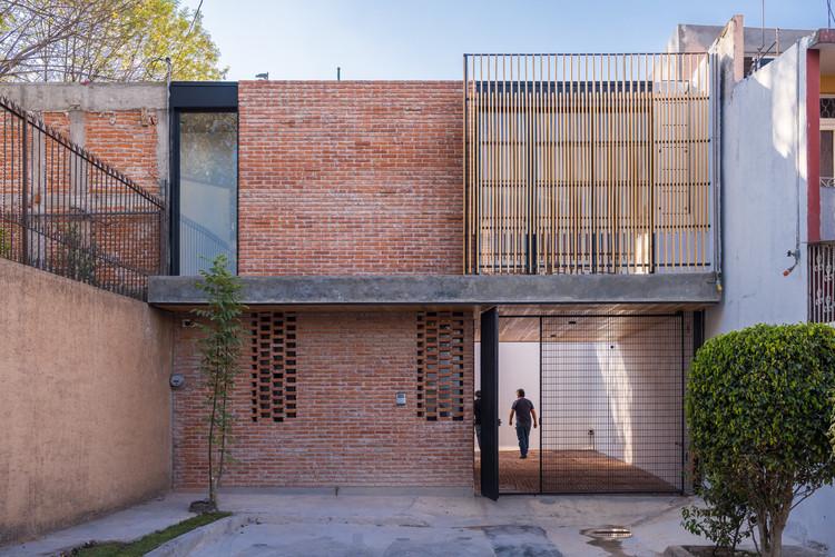 Casa Roja / TARA | Taller de Arquitectura, © Jaime Navarro