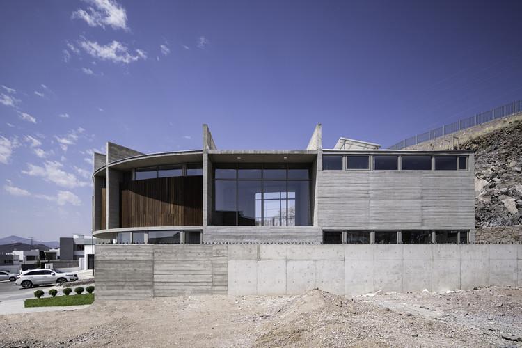 Casa MV / Garza Maya Arquitectos. Image © The Raws