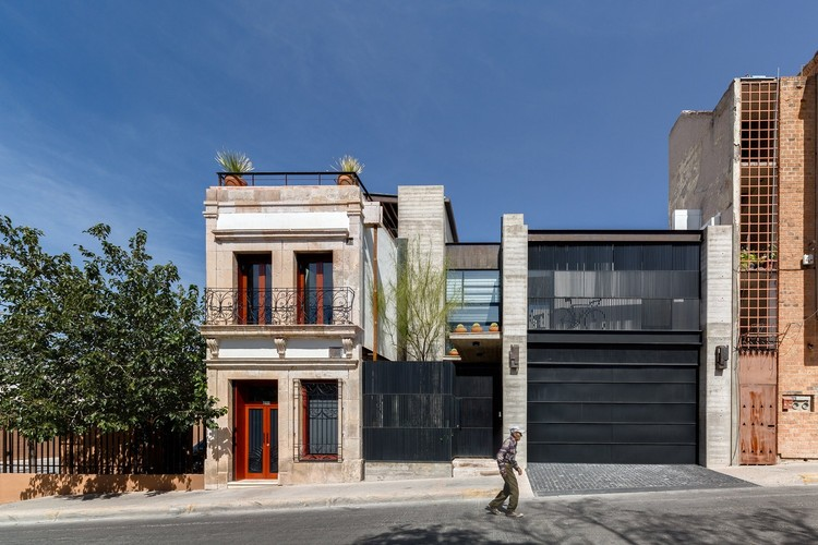 Casa Calle Segunda (C2a) / LABorstudio. Image © Rafael Gamo