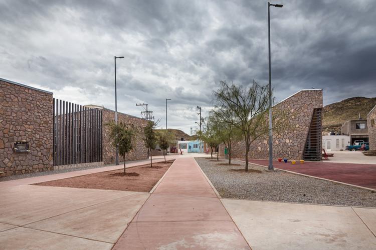 Centro Comunitário Vistas de Cerro Grande / Arquitectura en Proceso. Image