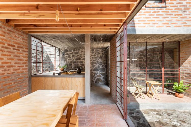 Escritório mexicano Escobedo-Soliz vence o Prêmio Fritz Höger de Arquitetura em Tijolo 2020, Casa Nakasone / Escobedo Soliz. Imagem © Ariadna Polo