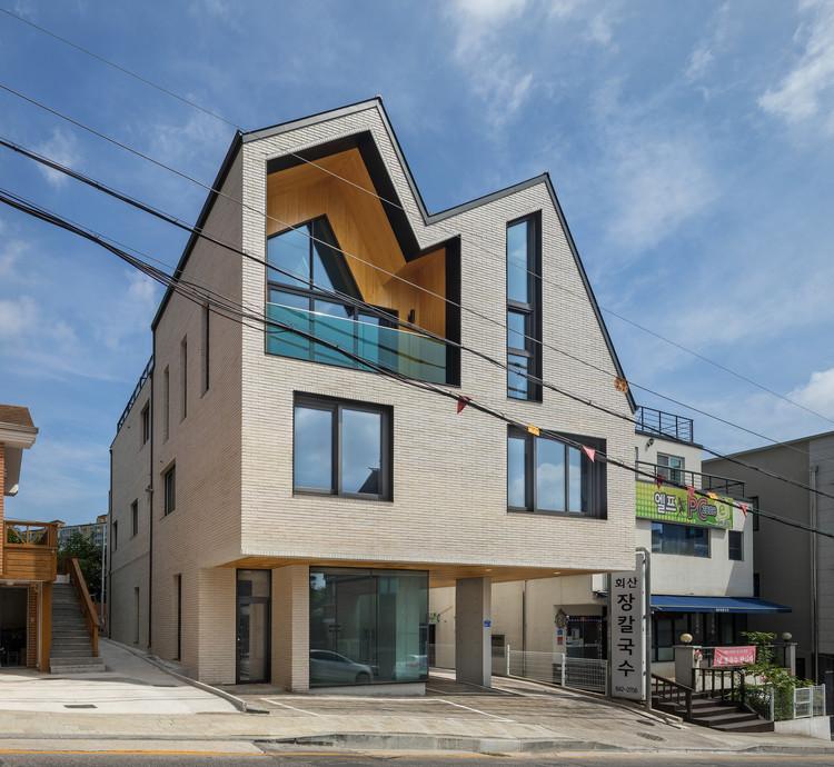 The Brick Trader's House / Architecture Studio YEIN, © Joonhwan Yoon