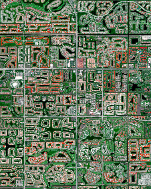 Boynton Beach, Florida. Created by @dailyoverview, source imagery: @airbus_space © CNES 2020, Distribution Airbus DS