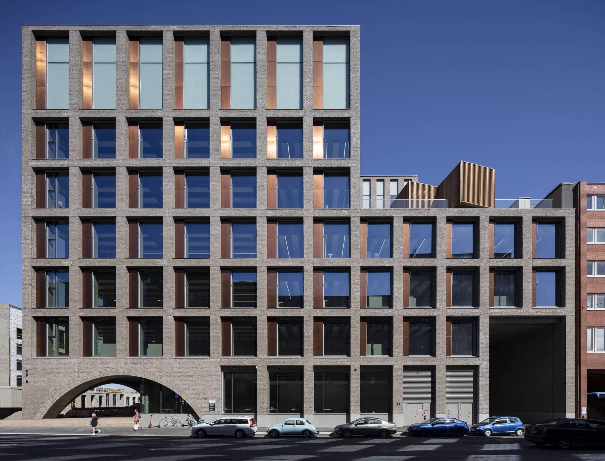 The Urban Environment House / Lahdelma & Mahlamäki Architects