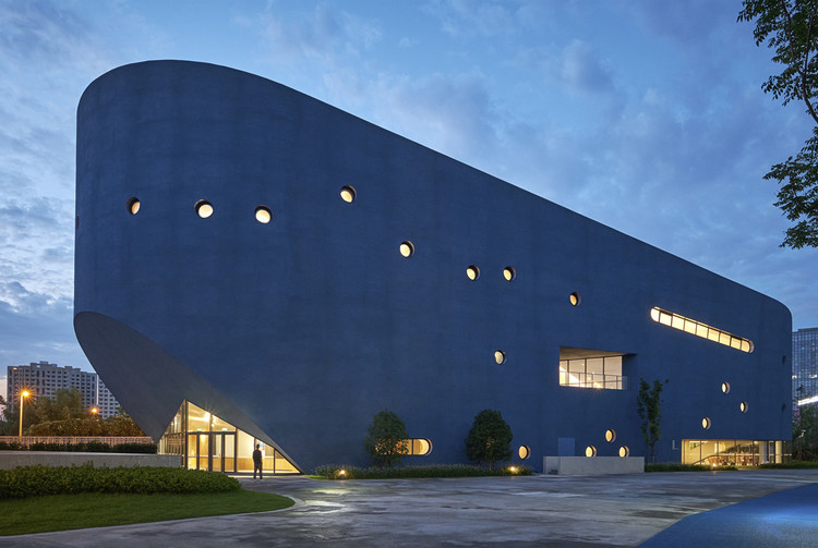 Pinghe Bibliotheater / OPEN Architecture, © Jonathan Leijonhufvud