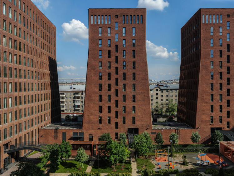 Kauchuk Residential Towers  / Meganom, © Daniel Annenkov