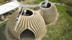 Casas circulares de tierra cruda: Estructura y revestimiento en 200 horas de impresión 3D
