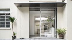 Absolute Flower Shop / More Design Office
