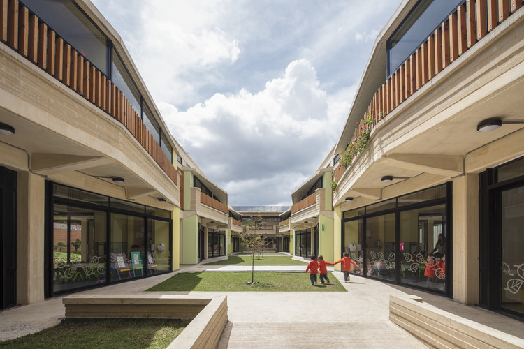 Escola Infantil Hogares Soacha / David Delgado Arquitectos, © Enrique Guzmán