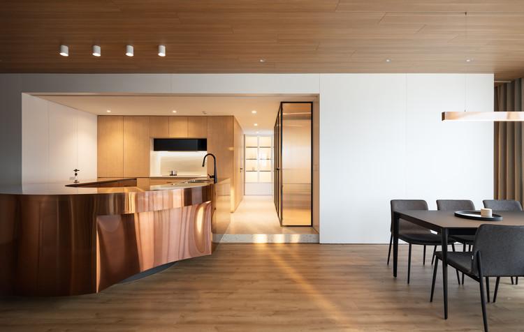 2415 EW Apartment / DaoHo Studio, © Nguyen Thai Thach