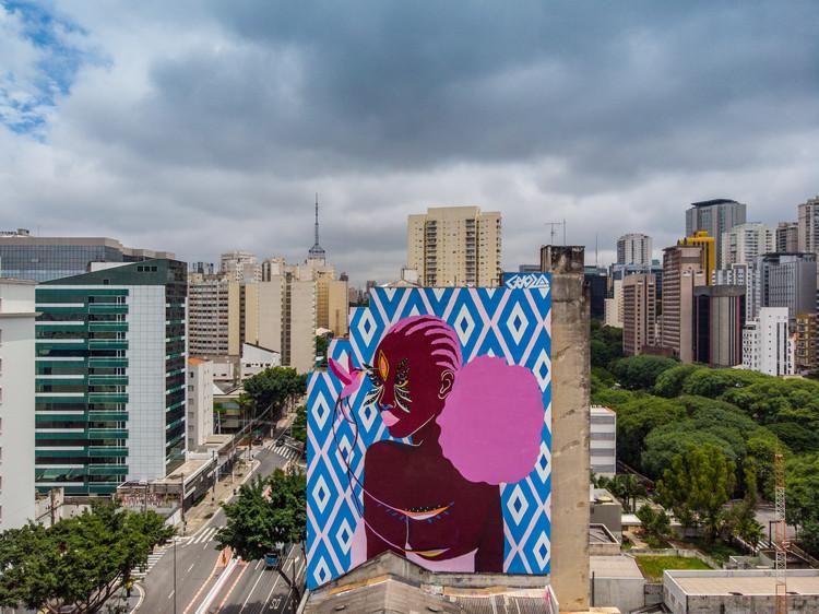 Artista Criola resgata história do bairro da Liberdade em São Paulo com mural urbano, Cortesia de Criola, via Instagrafite