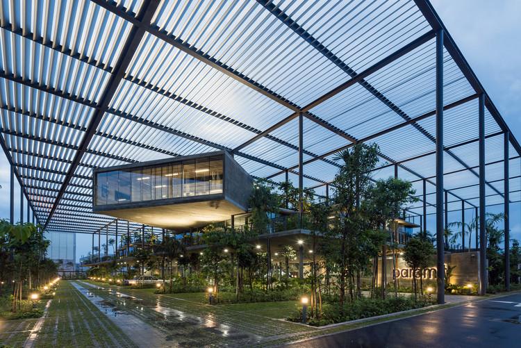 Fábrica na Floresta / Design Unit Architects Snd Bhd. Foto © Lin Ho Photography