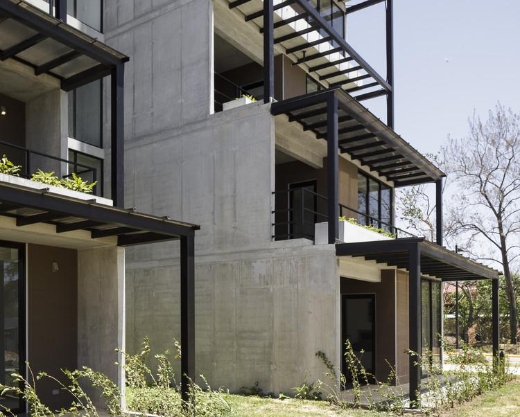 Qalma Building / Carazo Arquitectura. Foto © Fernando Alda