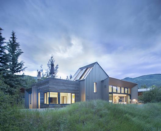 Shadow Mountain House / Rowland+Broughton Architecture