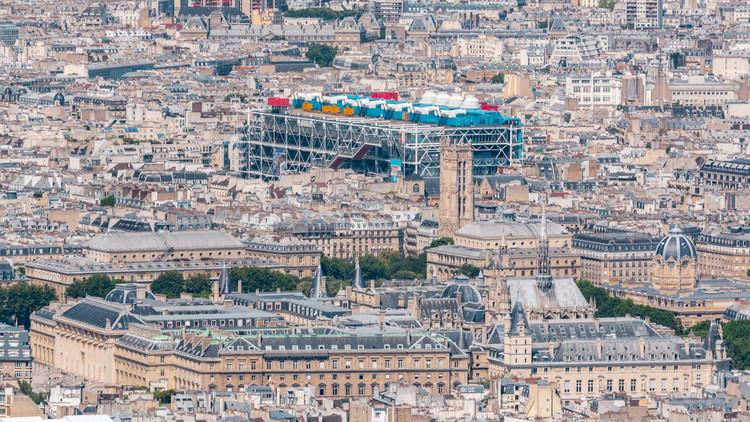 El Centro Pompidou de París cerrará durante tres años para dar paso a restauraciones, vía Shutterstock/ By Kirill Neiezhmakov