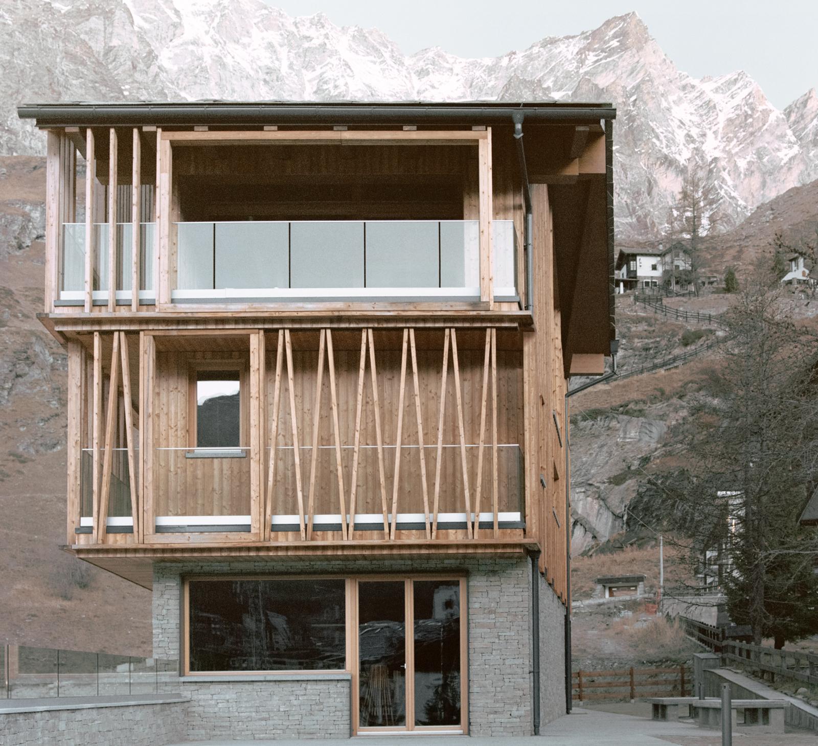 The Climber's Refuge / LCA Architetti / luca compri architetti