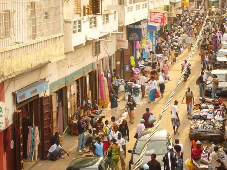 Vivir en Dakar, un estudio sobre la vivienda y el desarrollo futuro de Senegal, © Choopil2