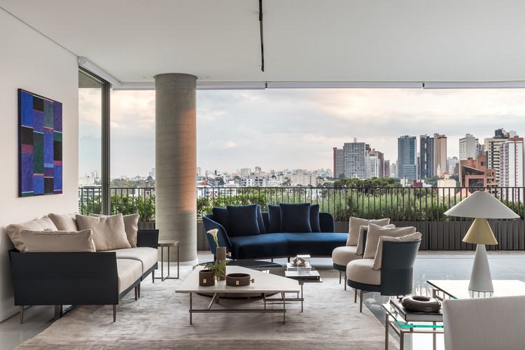 Apartamento HC / Suelen Parizotto Arquitetura, © Eduardo Macarios