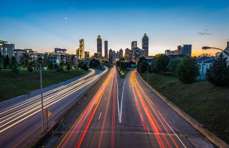 Como será o trânsito de veículos nas cidades do futuro?, via Pxhere Licensed under CC0 1.0