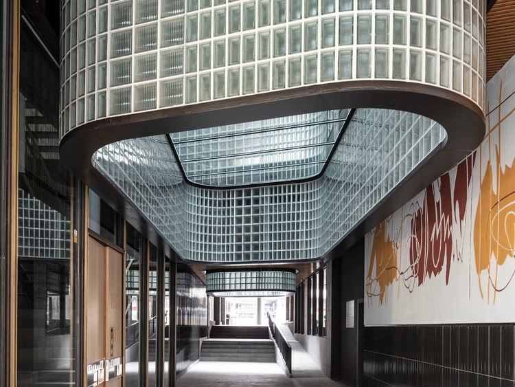 Edificio Santa Clara / Lagula Arquitectes. Imagen © Adrià Goula