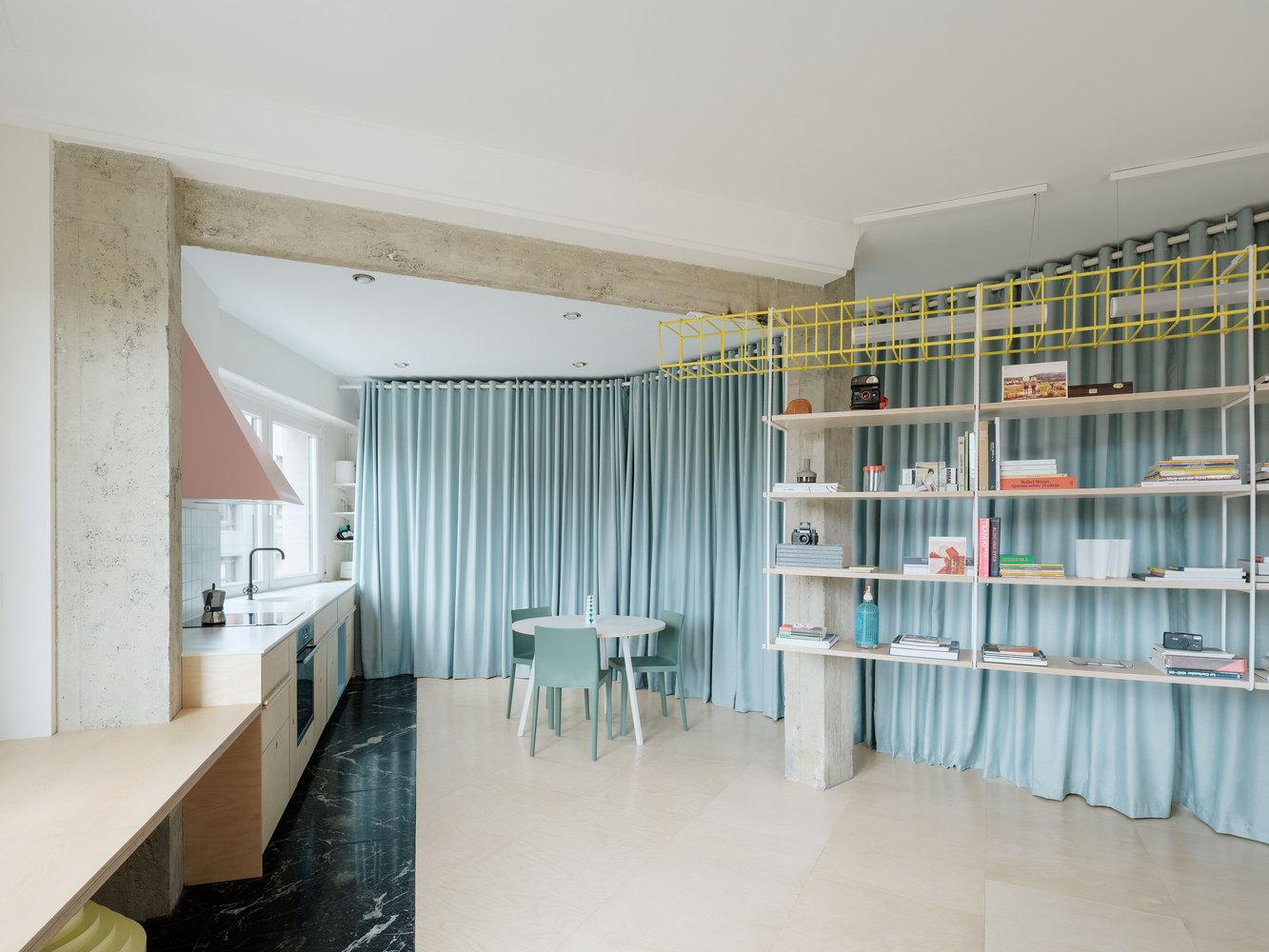 Tendencias en diseño y construcción del 2020: Lo recurrente, popular, relevante y sustancial,Apartamento ready-made / azab. Image © Luis Diaz Diaz