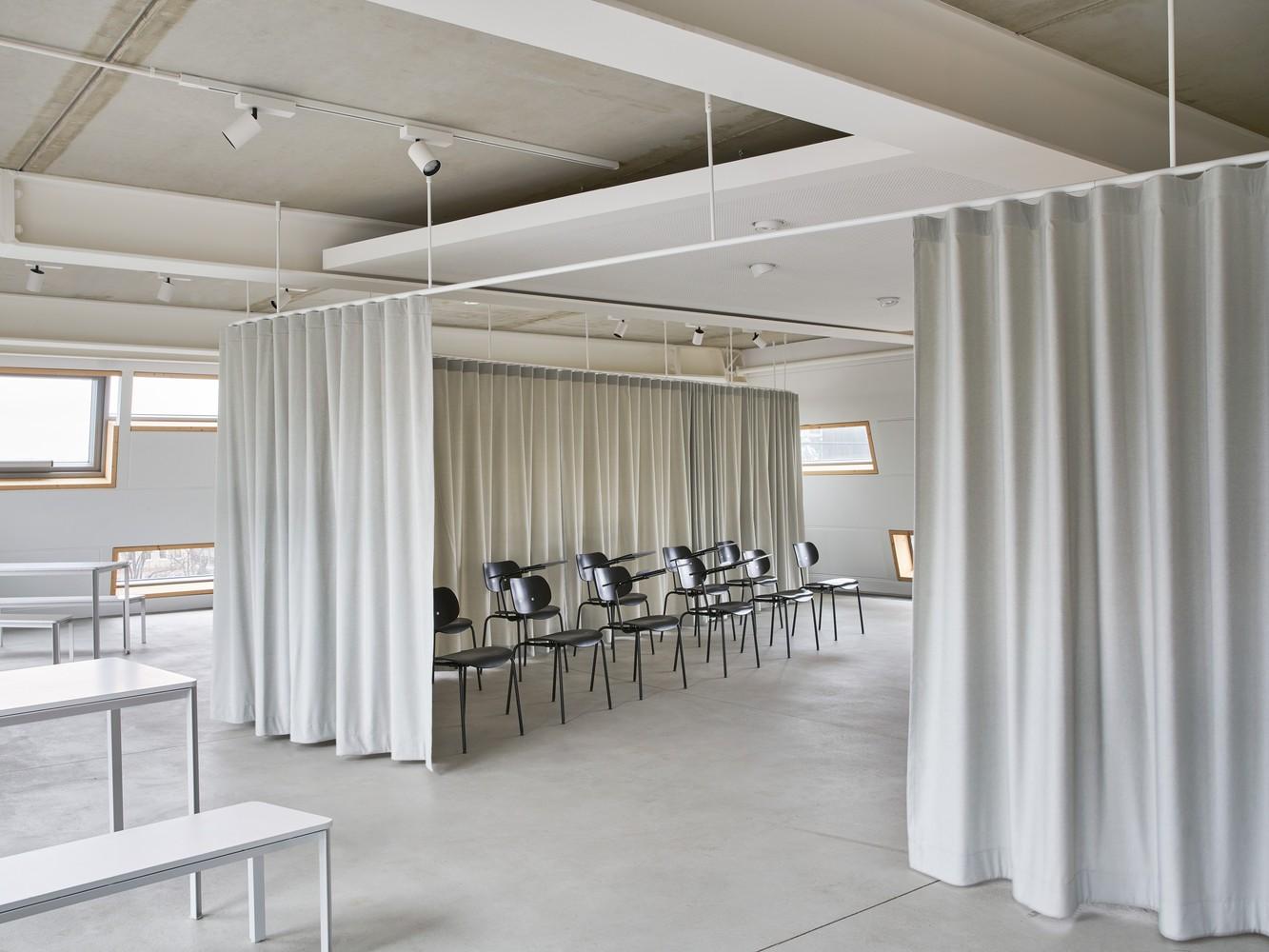 Tendencias en diseño y construcción del 2020: Lo recurrente, popular, relevante y sustancial,Industry & Leisure Multifunctional Spaces / Gustav Düsing. Image © Johannes Förster