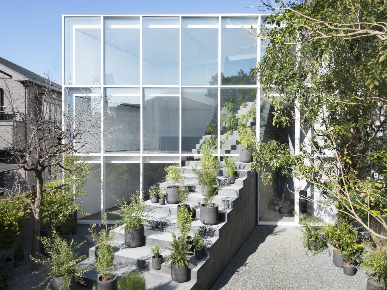 Tendencias en diseño y construcción del 2020: Lo recurrente, popular, relevante y sustancial,Stairway House / nendo. Image © Takumi Ota