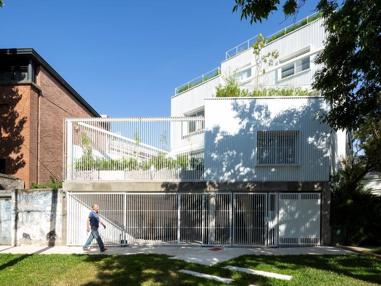 Edificio de apartamentos Commodore / Planta. Imagen © Javier Agustín Rojas