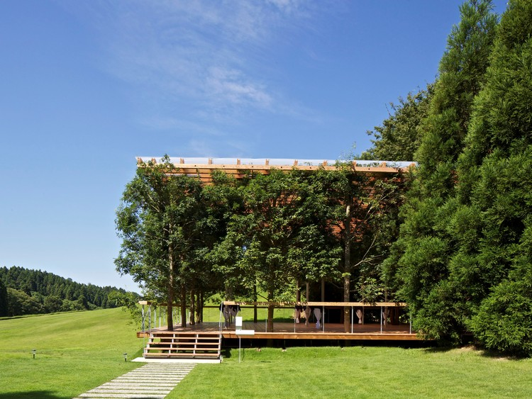 Taller de diseño White Arbor y Open Air Theatre / APL. Imagen © KITAJIMA Toshiharu / Archi Photo