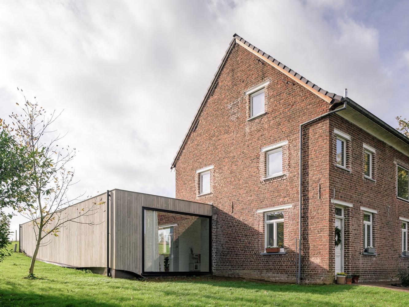 Tendencias en diseño y construcción del 2020: Lo recurrente, popular, relevante y sustancial,Johannes House Extension / MADAM architectuur. Image © Olmo Peeters