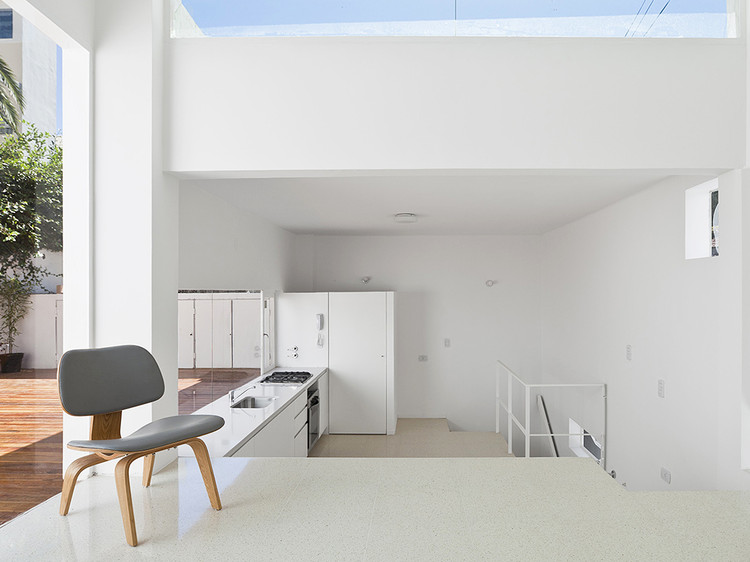 Split-Level Argentine Houses: Using Height to Separate Spaces, PH Freire / Ignacio Szulman arquitecto. Image © Francisco Nocito