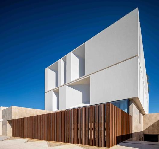 Reborn House / Alhumaidhi Architects