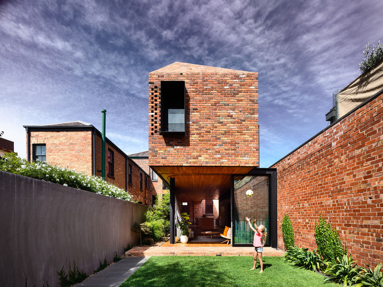 North Melbourne Terrace / Matt Gibson Architecture + Design, © Derek Swalwell