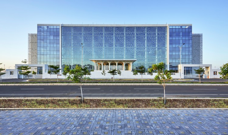 Auric Hall / IMK Architects, © Rajesh Vora