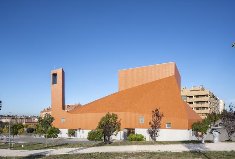 SMG Church Complex / Ramón Fernández-Alonso, © Jesús Granada