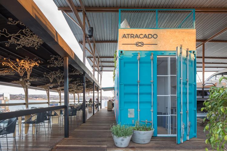 Restaurante Atracado / Mínimo Arquitetura e Design, © Haruo Mikami