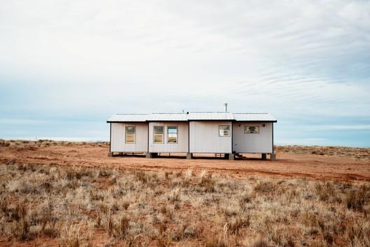 Four Peaks House / DesignBuildBLUFF